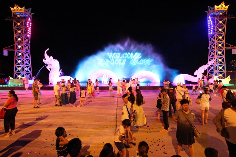 Naga Light & Fountain Show